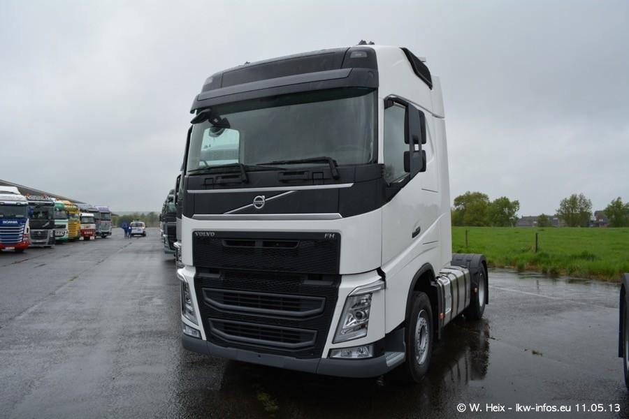 Truckshow-Montzen-Gare-110513-016.jpg