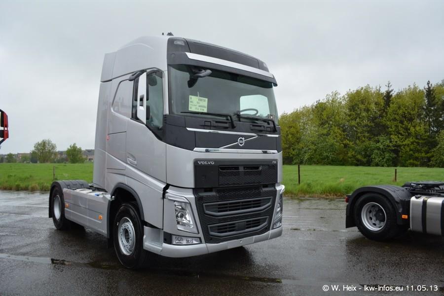 Truckshow-Montzen-Gare-110513-023.jpg
