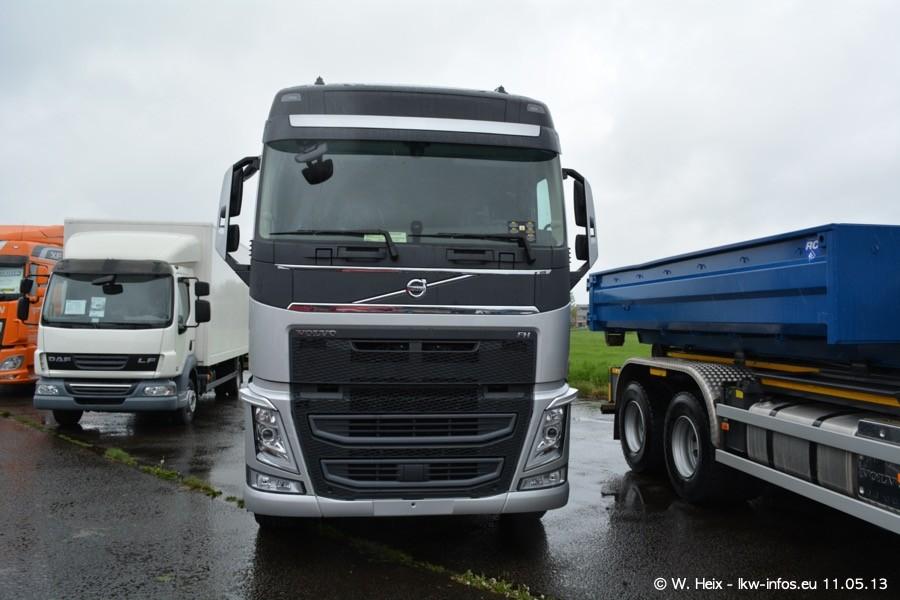 Truckshow-Montzen-Gare-110513-037.jpg