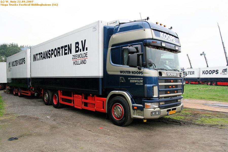 20070921-Mega-Trucks-Festival-Biddinghuizen-00002.jpg