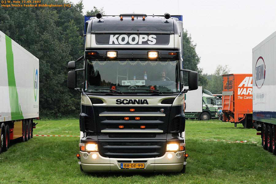 20070921-Mega-Trucks-Festival-Biddinghuizen-00011.jpg