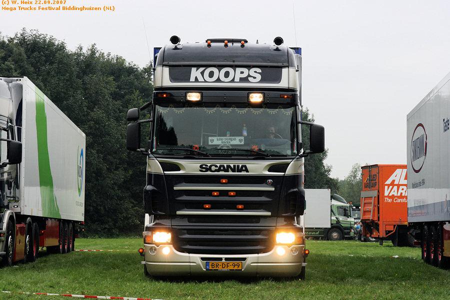 20070921-Mega-Trucks-Festival-Biddinghuizen-00012.jpg