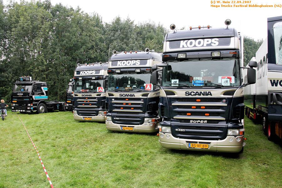20070921-Mega-Trucks-Festival-Biddinghuizen-00020.jpg