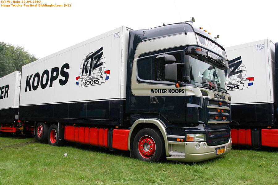 20070921-Mega-Trucks-Festival-Biddinghuizen-00026.jpg