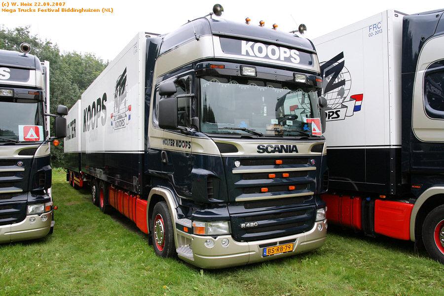 20070921-Mega-Trucks-Festival-Biddinghuizen-00028.jpg