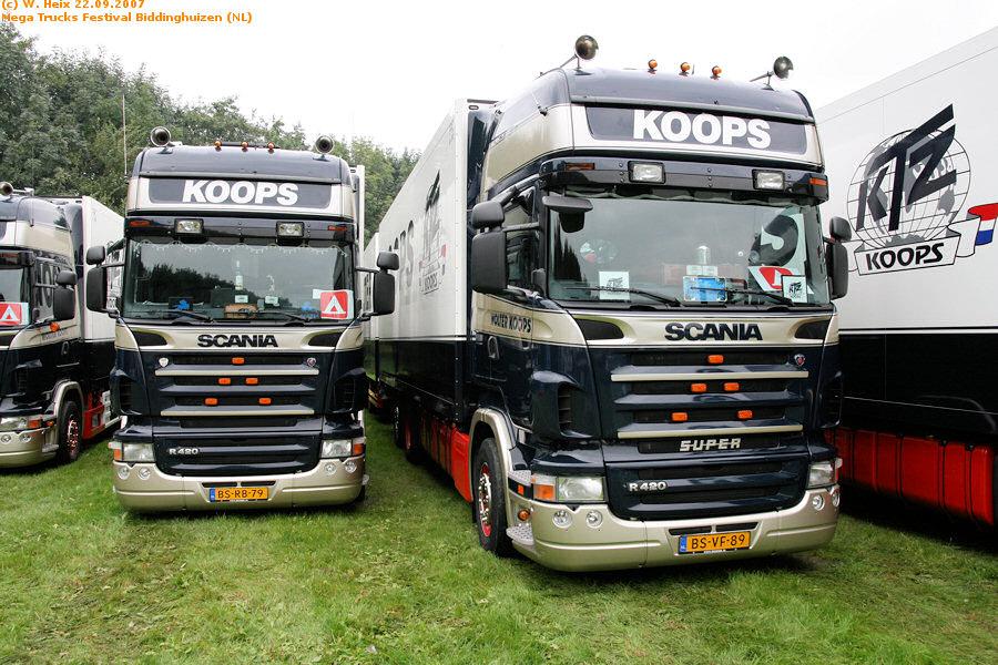 20070921-Mega-Trucks-Festival-Biddinghuizen-00030.jpg