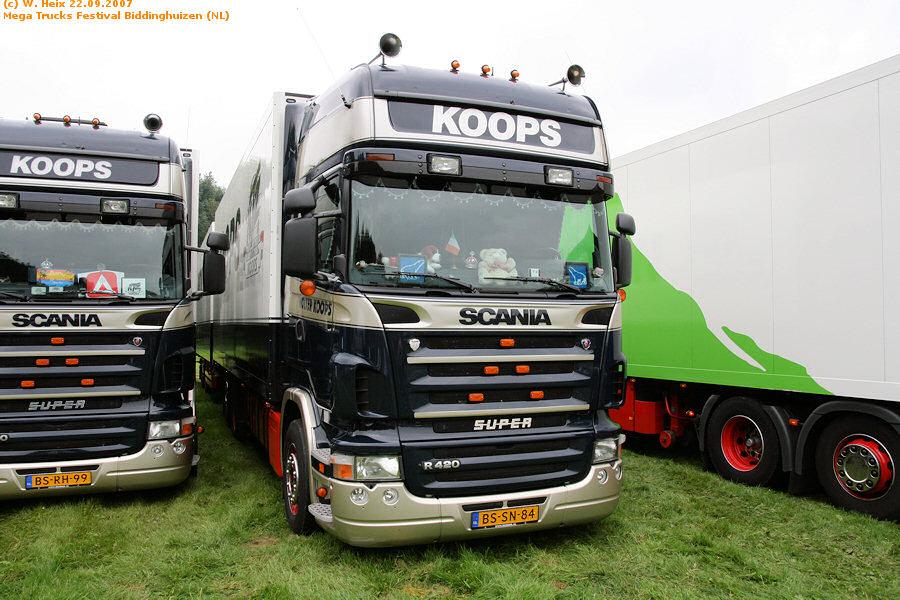 20070921-Mega-Trucks-Festival-Biddinghuizen-00032.jpg