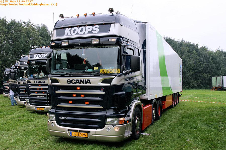 20070921-Mega-Trucks-Festival-Biddinghuizen-00035.jpg