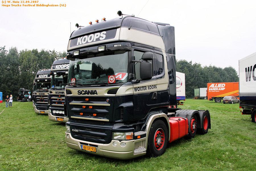 20070921-Mega-Trucks-Festival-Biddinghuizen-00041.jpg