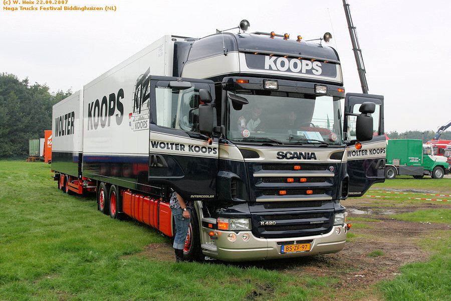 20070921-Mega-Trucks-Festival-Biddinghuizen-00043.jpg