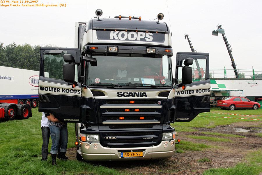 20070921-Mega-Trucks-Festival-Biddinghuizen-00044.jpg