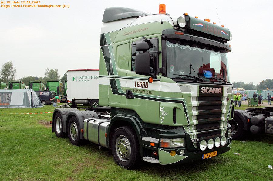 20070921-Mega-Trucks-Festival-Biddinghuizen-00076.jpg