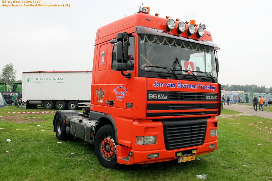 20070921-Mega-Trucks-Festival-Biddinghuizen-00078.jpg