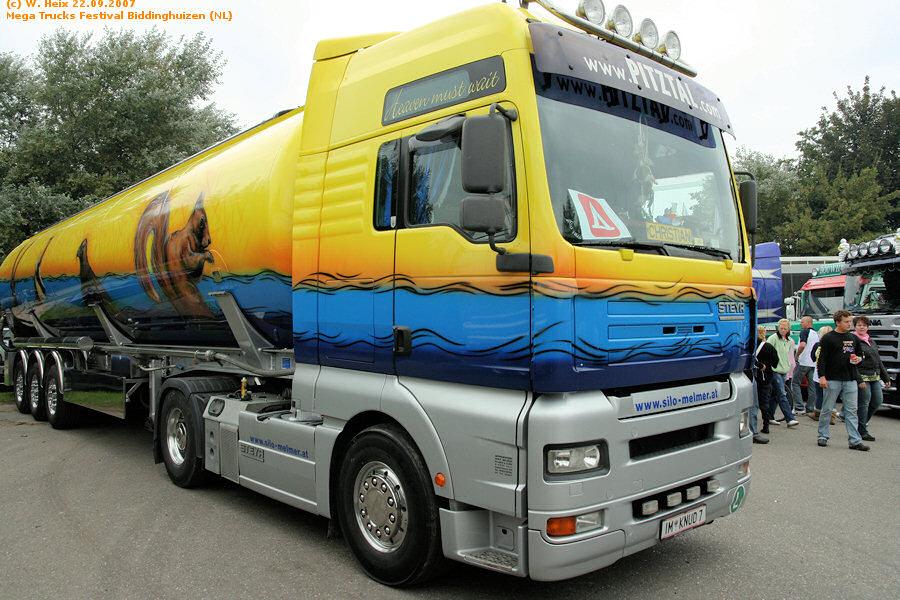 20070921-Mega-Trucks-Festival-Biddinghuizen-00190.jpg