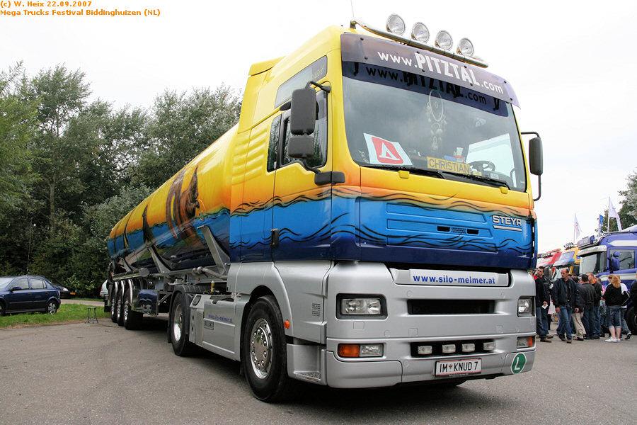 20070921-Mega-Trucks-Festival-Biddinghuizen-00191.jpg