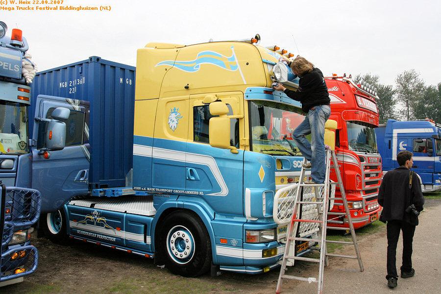 20070921-Mega-Trucks-Festival-Biddinghuizen-00318.jpg