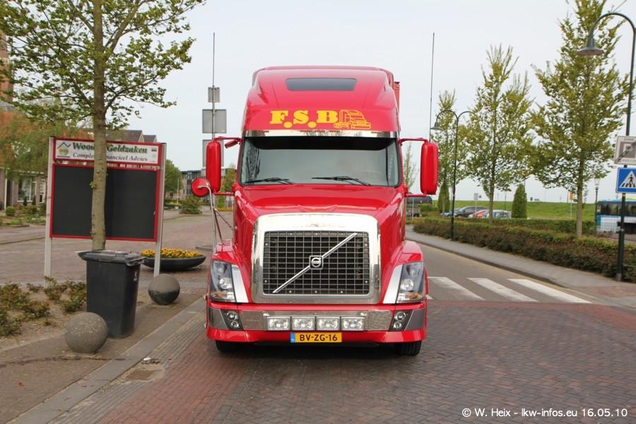 Truckshow-Medemblik-160510-003.jpg