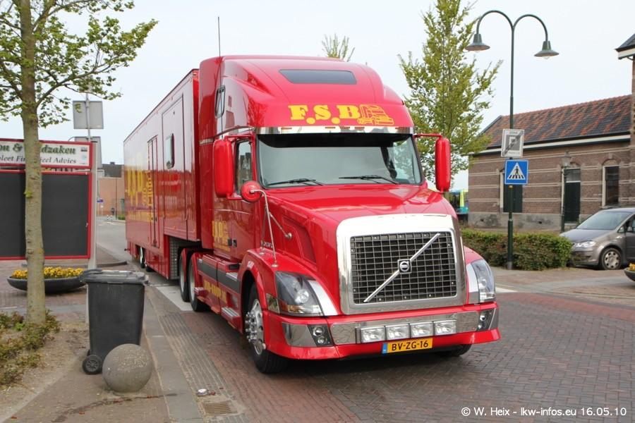 Truckshow-Medemblik-160510-004.jpg