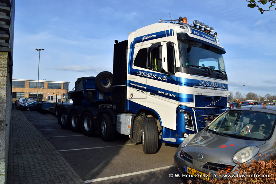 Mega-Trucks-Festival-sHB-20151226-002.jpg