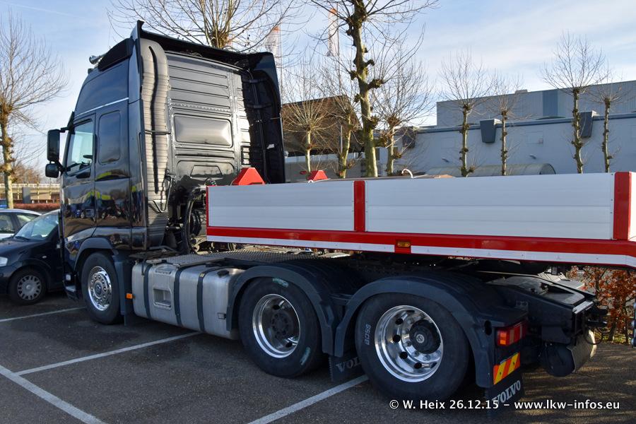 Mega-Trucks-Festival-sHB-20151226-007.jpg
