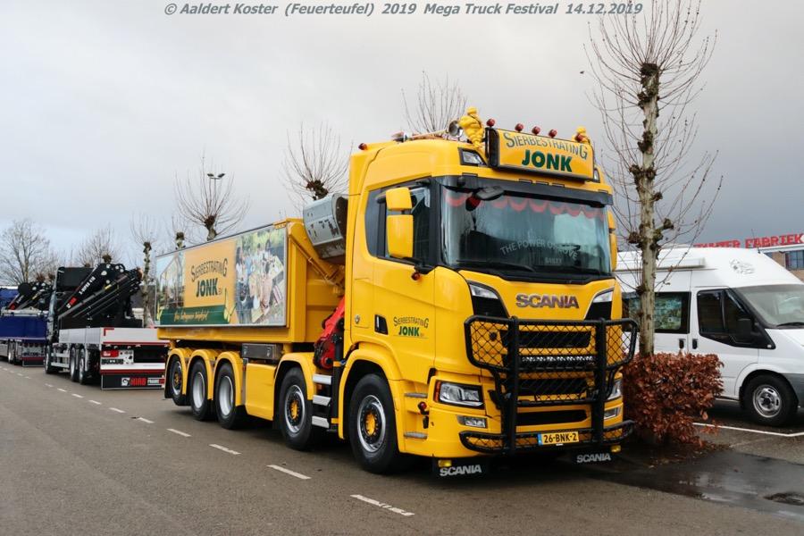 20191216-Mega-Trucks-Festival-AK-00018.jpg