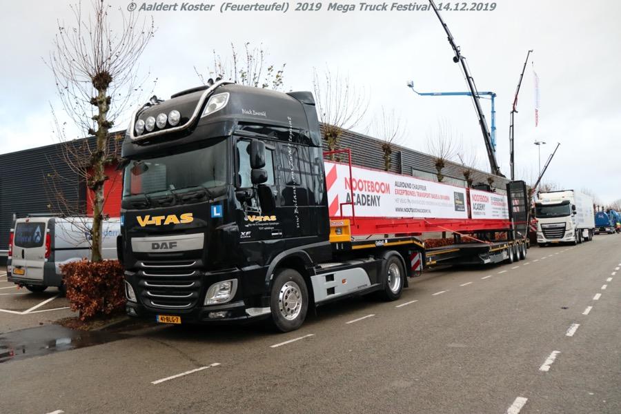20191216-Mega-Trucks-Festival-AK-00019.jpg