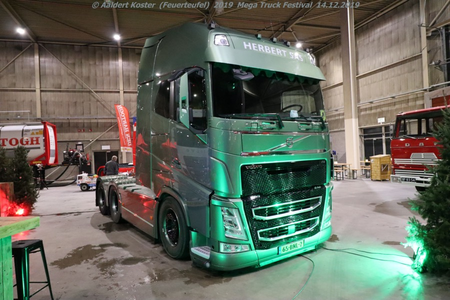 20191216-Mega-Trucks-Festival-AK-00103.jpg