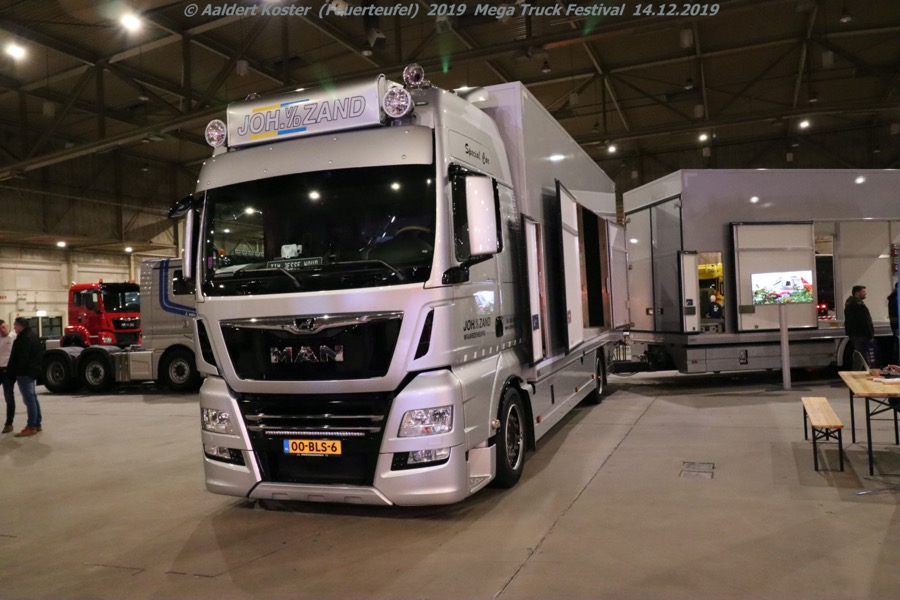 20191216-Mega-Trucks-Festival-AK-00155.jpg