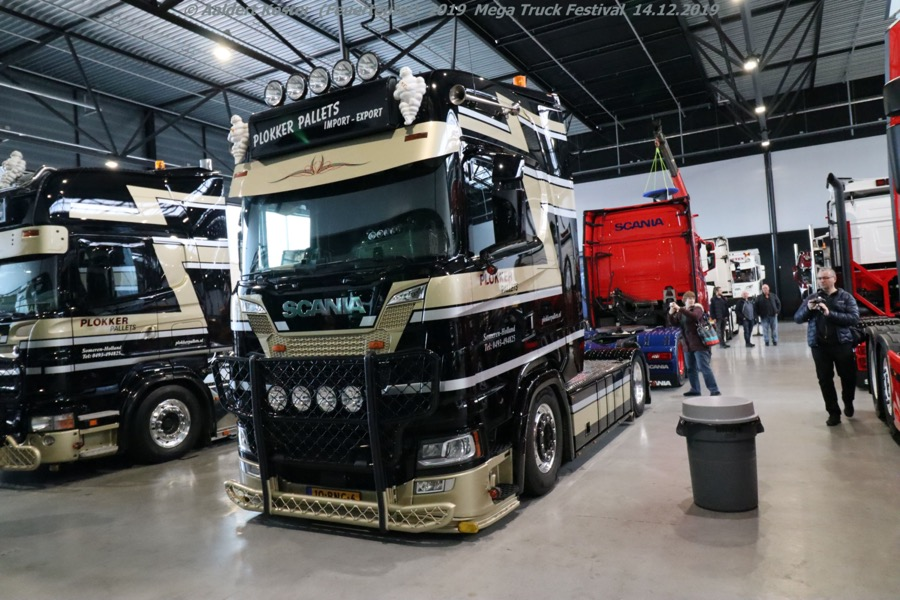 20191216-Mega-Trucks-Festival-AK-00169.jpg