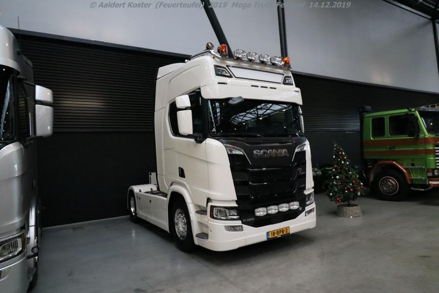 20191216-Mega-Trucks-Festival-AK-00214.jpg