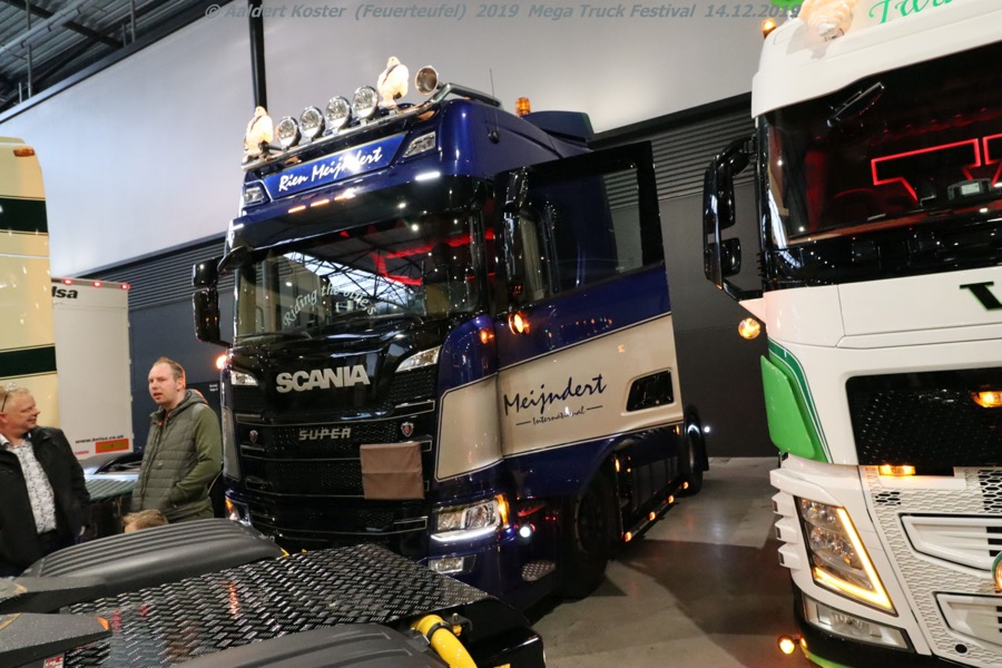 20191216-Mega-Trucks-Festival-AK-00229.jpg