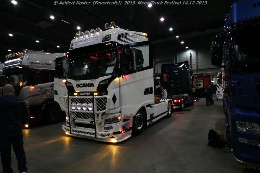 20191216-Mega-Trucks-Festival-AK-00281.jpg