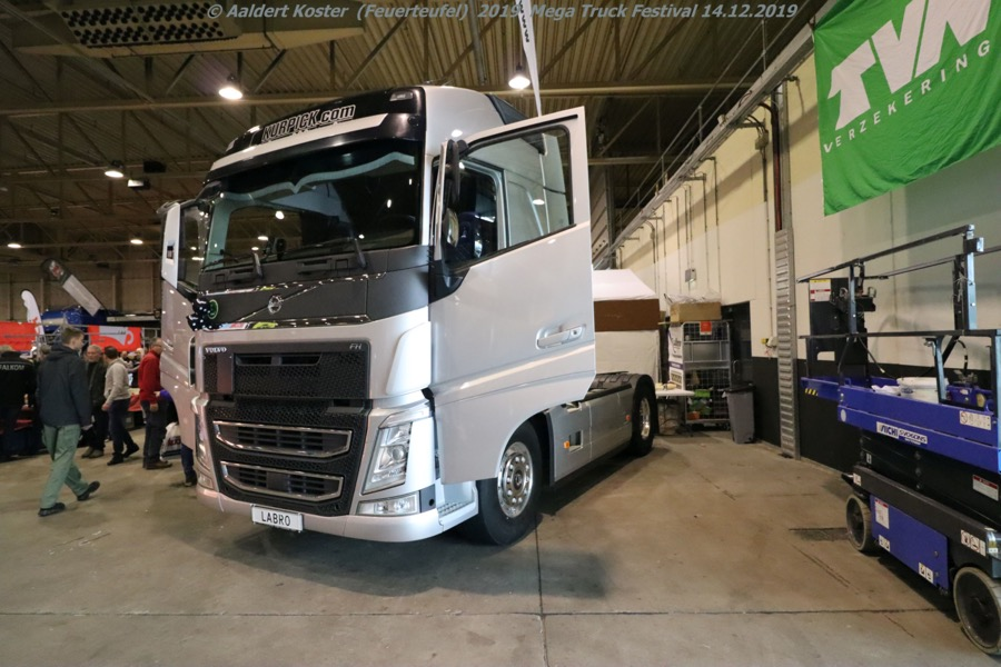 20191216-Mega-Trucks-Festival-AK-00343.jpg
