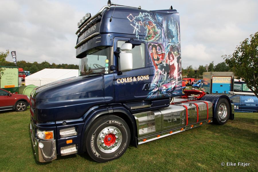 20141003-Retro-Truckshow-00001.jpg