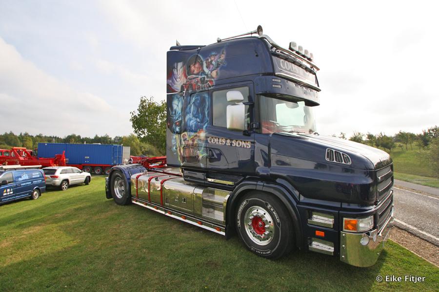 20141003-Retro-Truckshow-00002.jpg