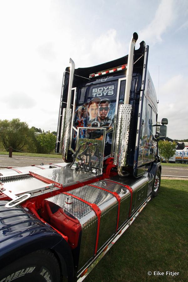 20141003-Retro-Truckshow-00004.jpg