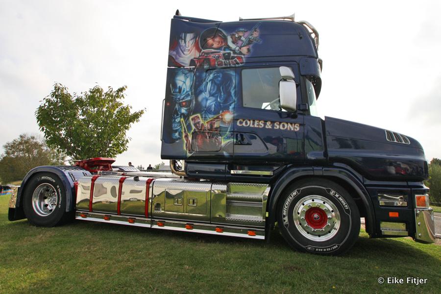 20141003-Retro-Truckshow-00005.jpg