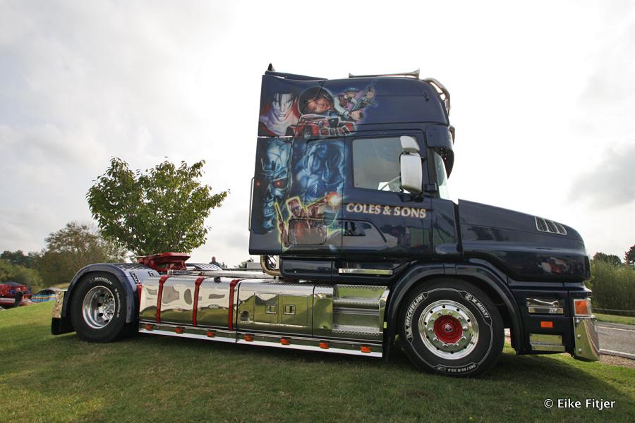 20141003-Retro-Truckshow-00006.jpg