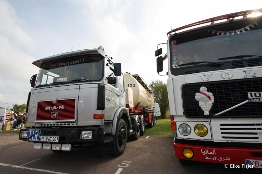20141003-Retro-Truckshow-00012.jpg