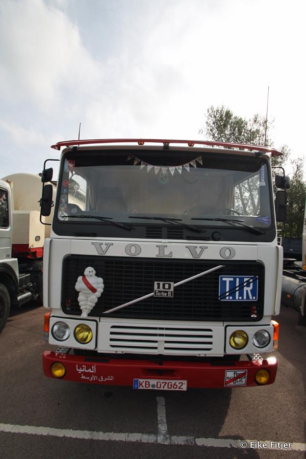20141003-Retro-Truckshow-00013.jpg