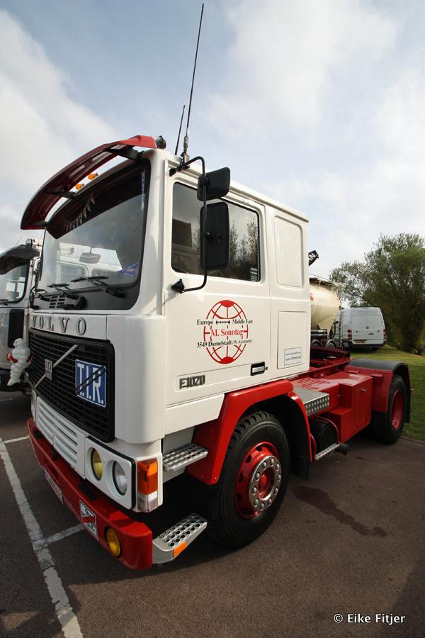 20141003-Retro-Truckshow-00014.jpg