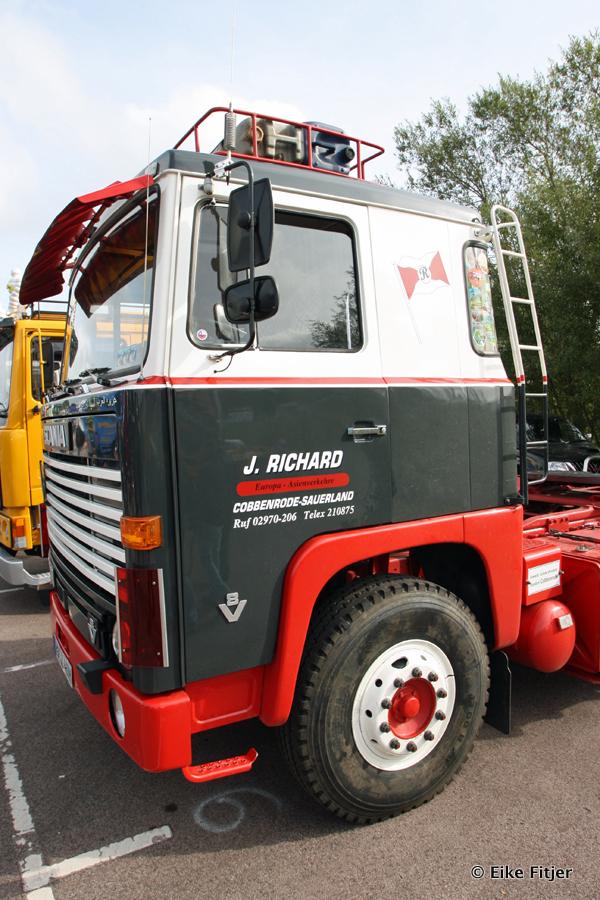 20141003-Retro-Truckshow-00021.jpg