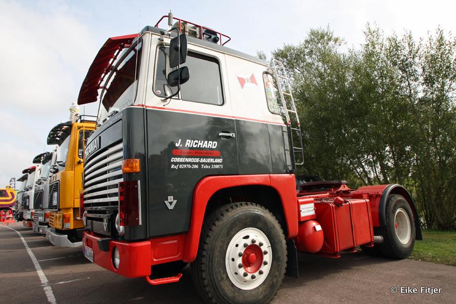 20141003-Retro-Truckshow-00022.jpg