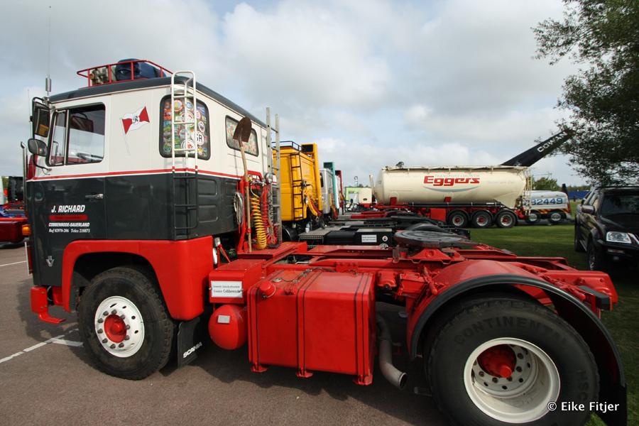 20141003-Retro-Truckshow-00024.jpg