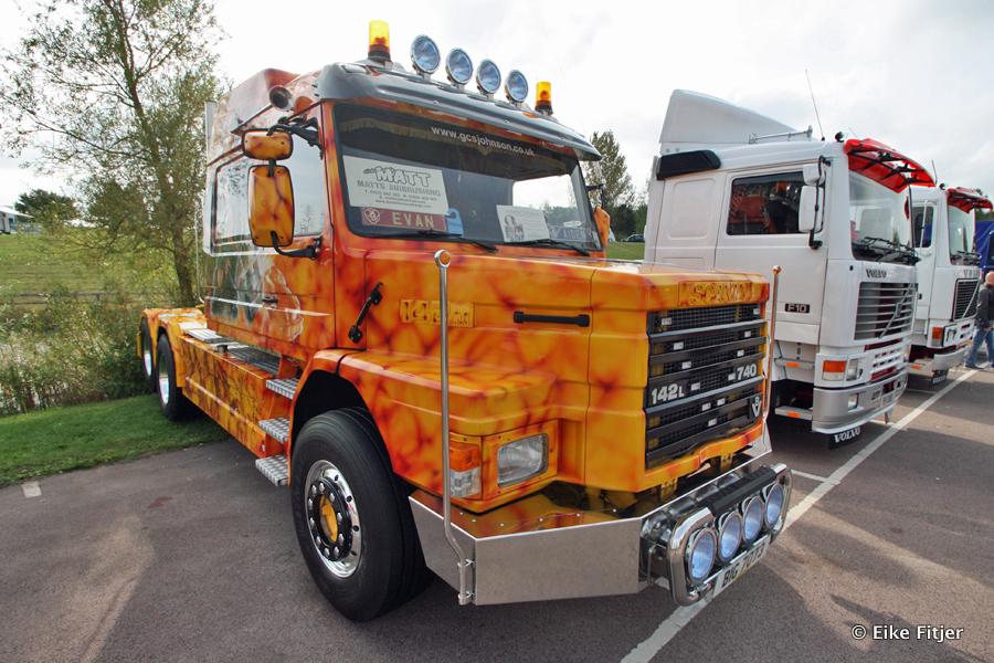 20141003-Retro-Truckshow-00025.jpg