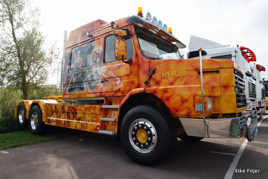 20141003-Retro-Truckshow-00027.jpg
