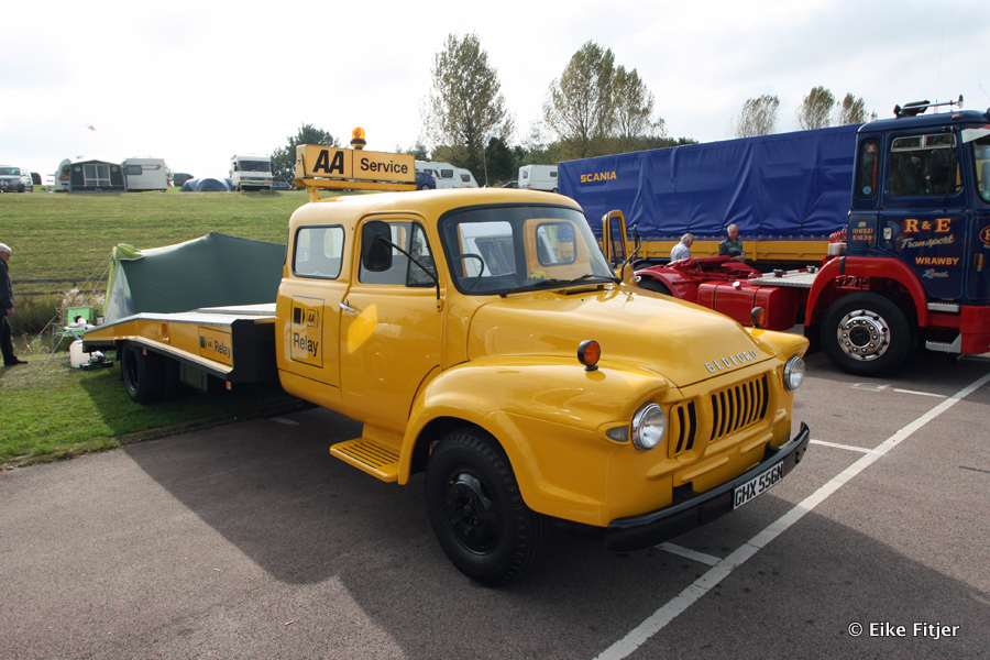 20141003-Retro-Truckshow-00030.jpg