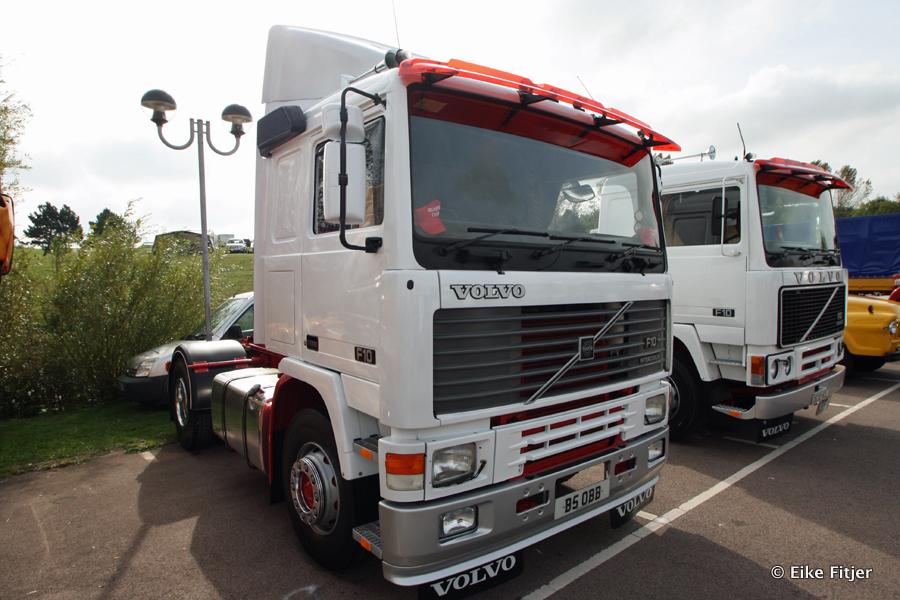 20141003-Retro-Truckshow-00031.jpg