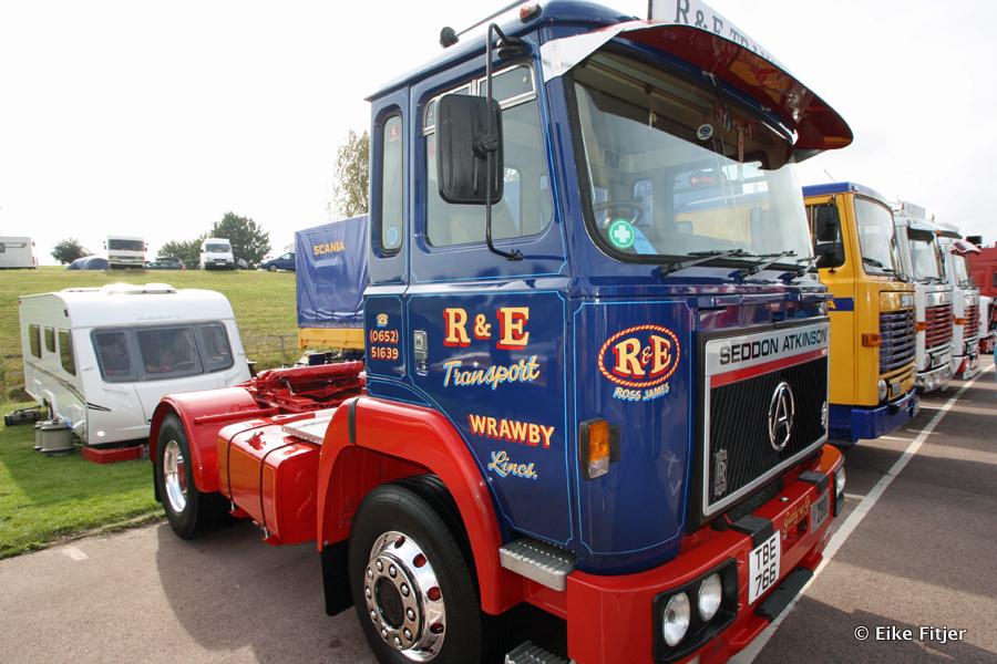 20141003-Retro-Truckshow-00033.jpg