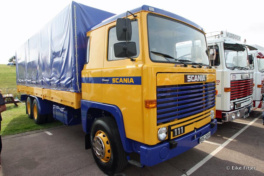 20141003-Retro-Truckshow-00034.jpg